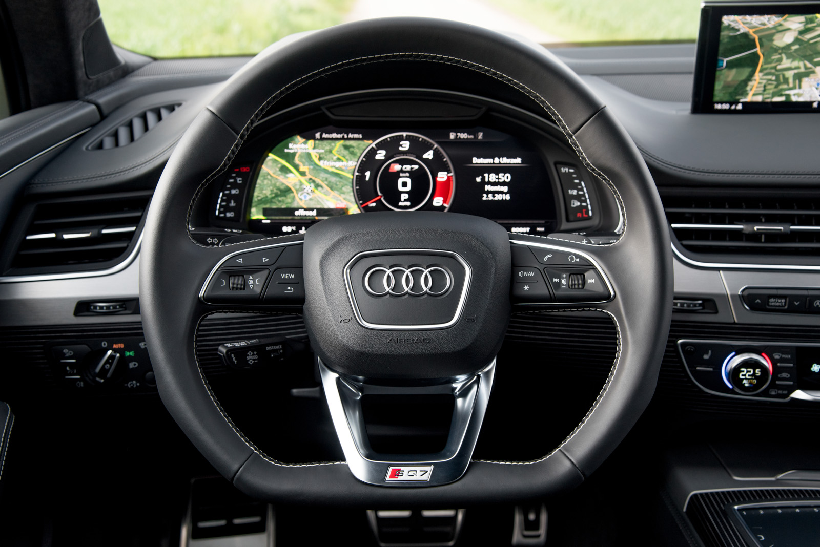 2017 Audi SQ7 TDI Review - GTspirit