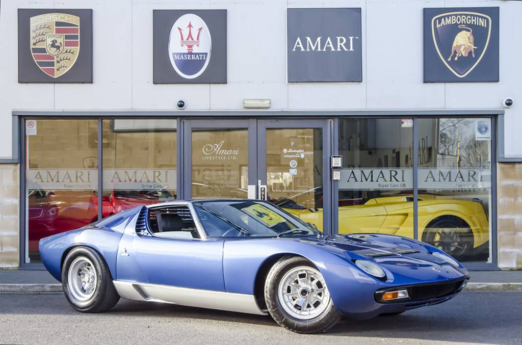 Blu Notte Lamborghini Miura Sv For Sale At 1 8 Million In Uk Gtspirit