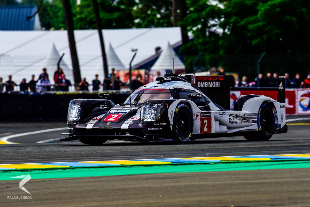 24 hours of le mans lead toyota breaks down 3 mins to finish porsche wins gtspirit. Black Bedroom Furniture Sets. Home Design Ideas
