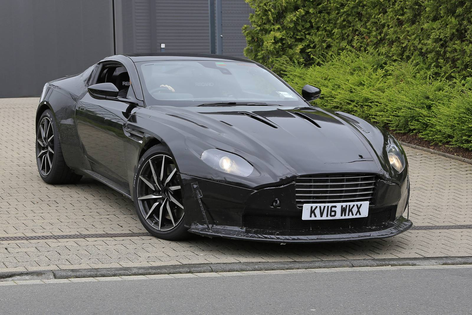 amg powered aston martin vantage first spy shots gtspirit. Black Bedroom Furniture Sets. Home Design Ideas