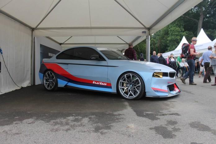 BMW 2002 Hommage (6)