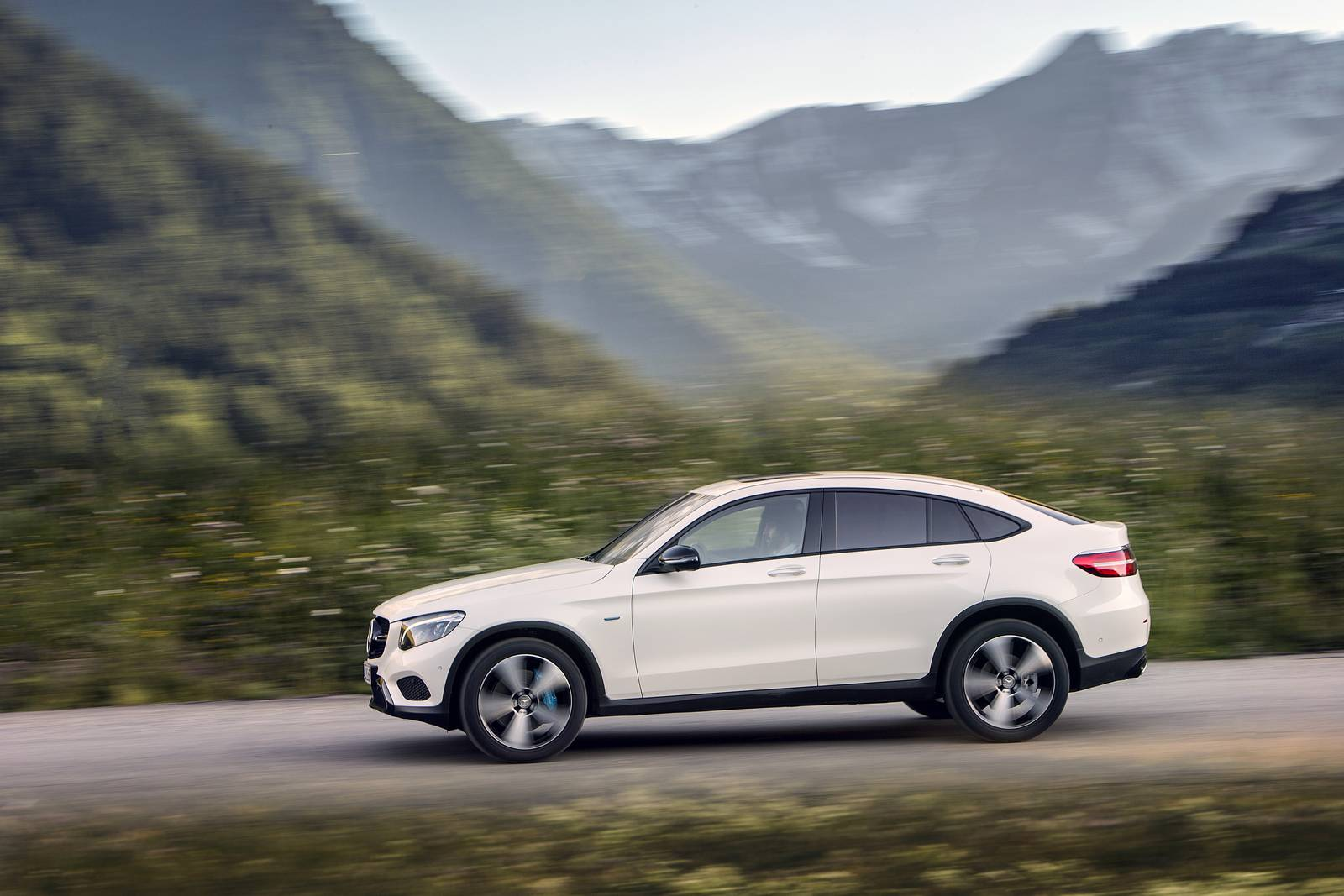 2017 mercedes benz glc coupe review gtspirit for Mercedes benz glc