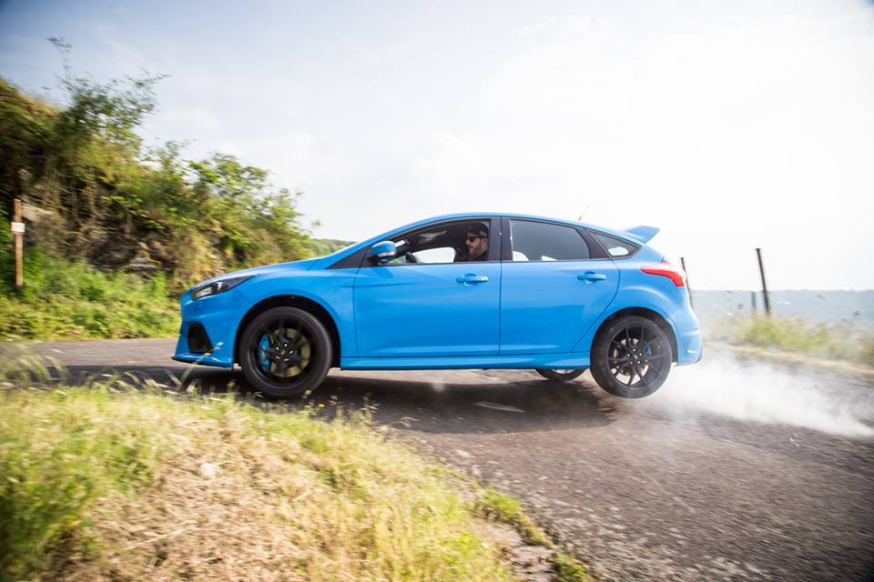 ford to bring 1000 more focus rs to the uk due to high demand gtspirit. Black Bedroom Furniture Sets. Home Design Ideas