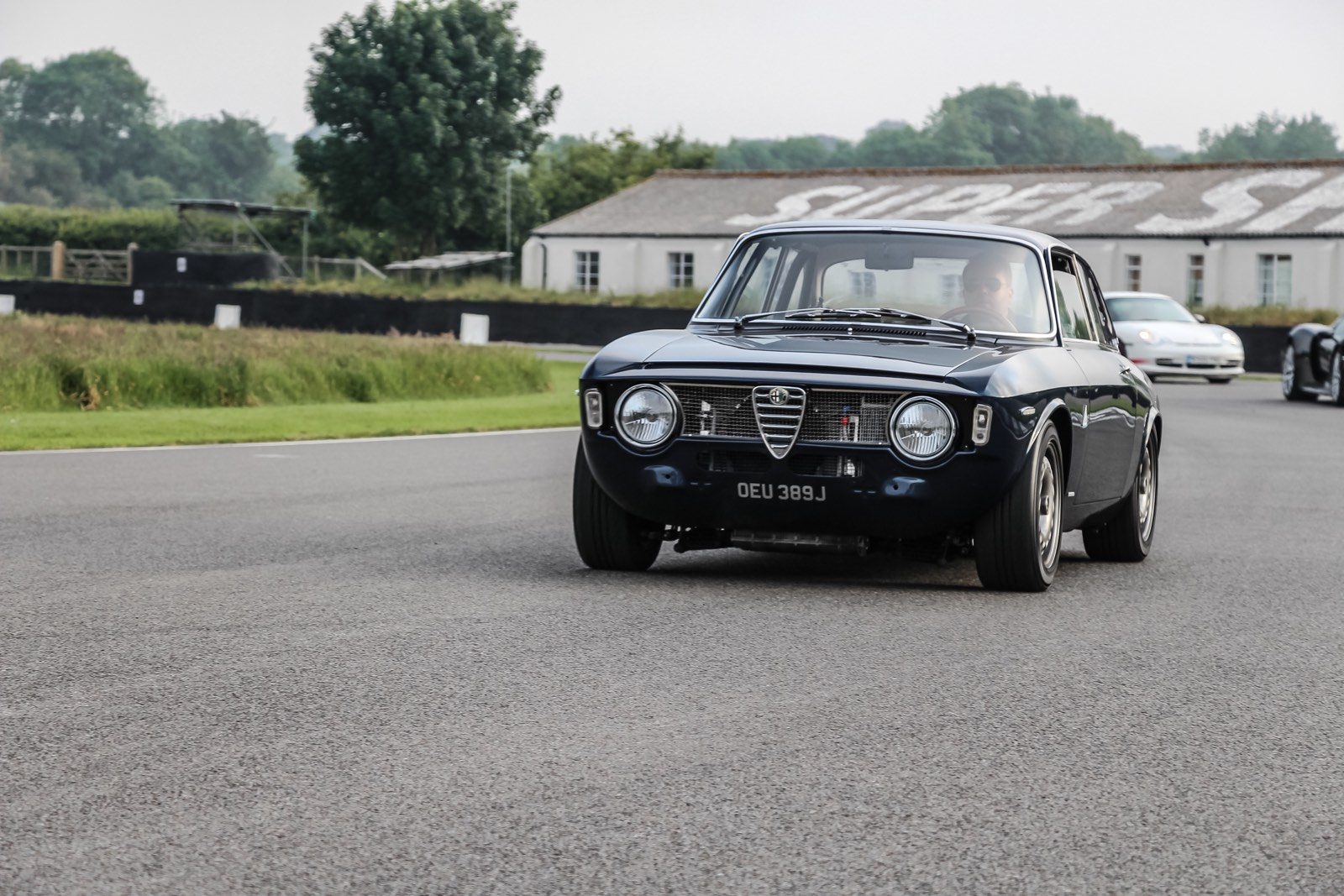 Goodwood Breakfast Club 2016 Full Throttle Alfa Romeo
