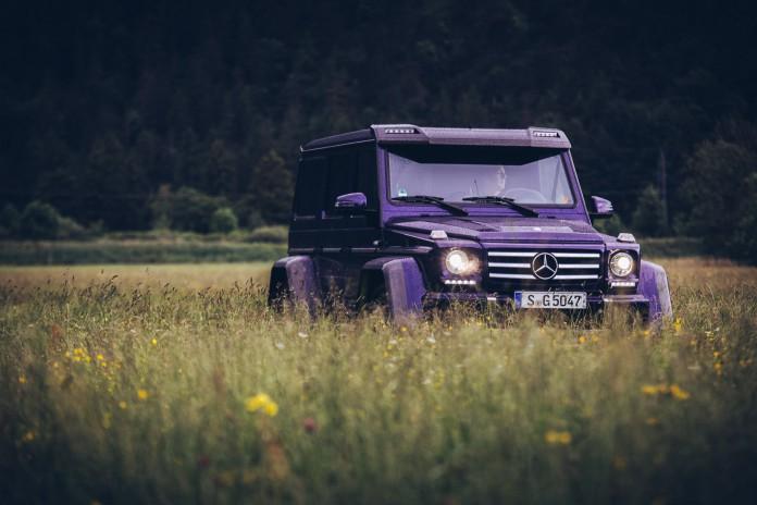 Mercedes-Benz G500 4x4² dark blue