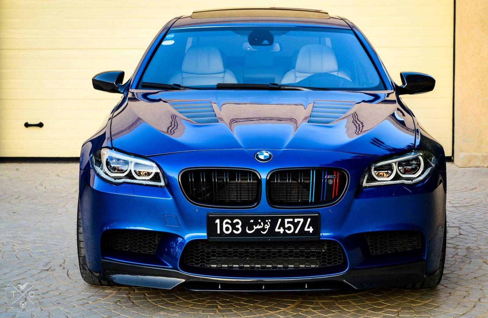 740hp manhart bmw f10 m5 most powerful bmw in tunisia gtspirit. Black Bedroom Furniture Sets. Home Design Ideas