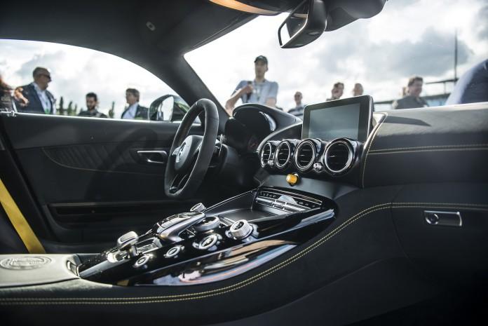 Mercedes-AMG-GT-R-00076
