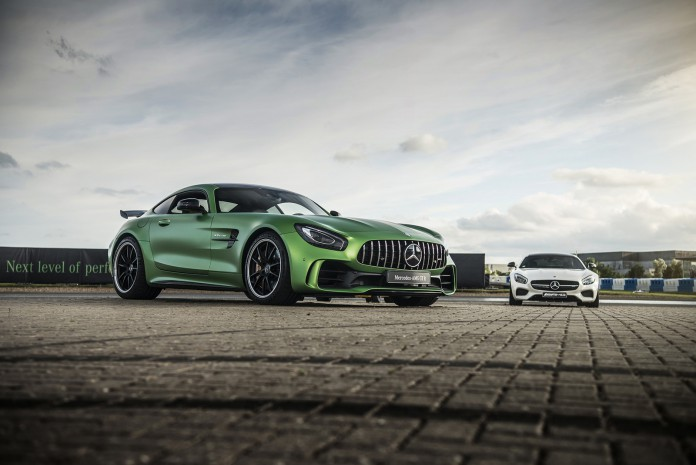 Mercedes-AMG-GT-R-00080
