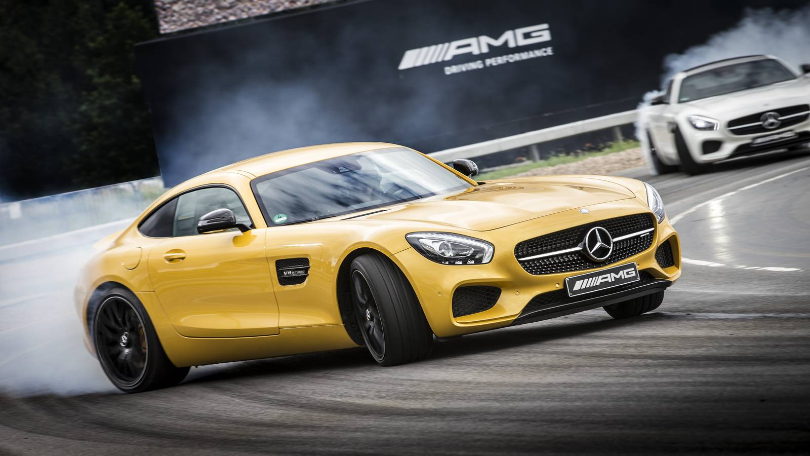 first impression mercedes amg gt r gtspirit. Black Bedroom Furniture Sets. Home Design Ideas