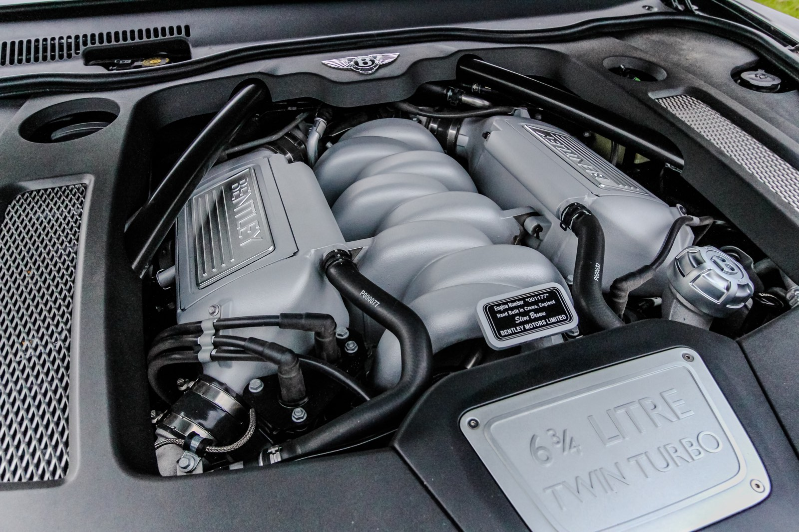 Bentley Mulsanne Engine