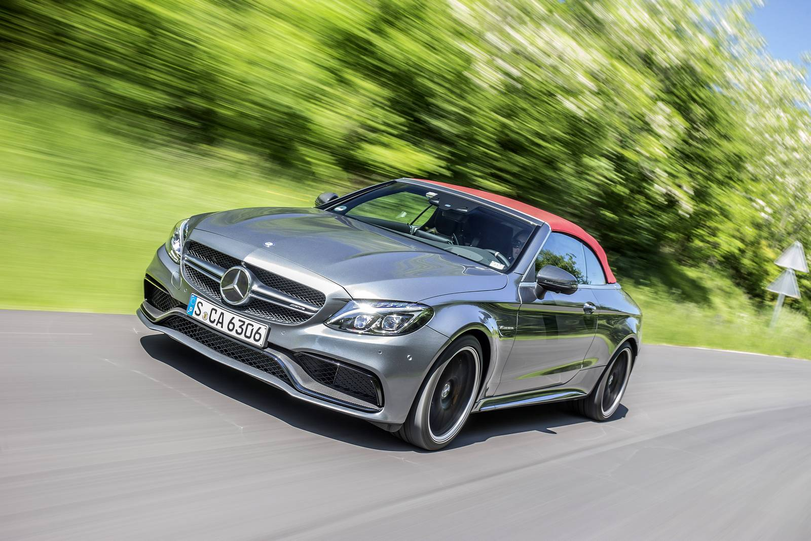 Mercedes Overtakes BMW as Luxury Car Sales Leader, 1.53 ...