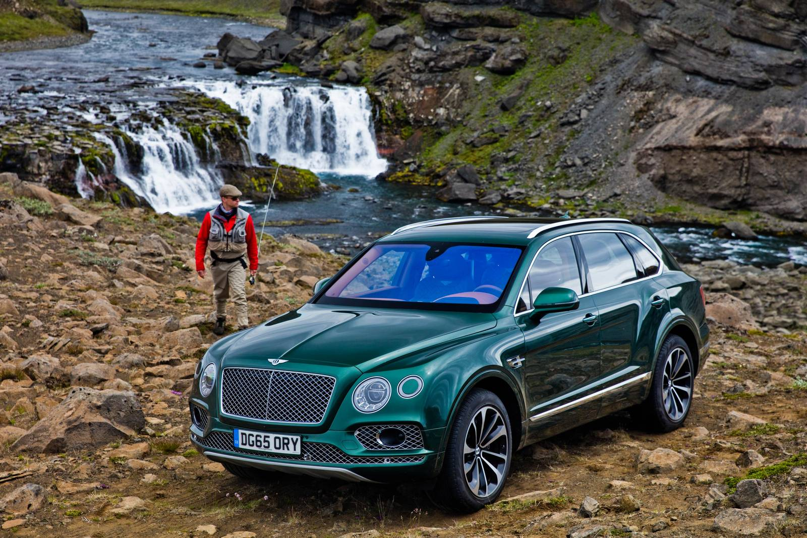 Official: 2016 Bentley Bentayga Fly Fishing by Mulliner