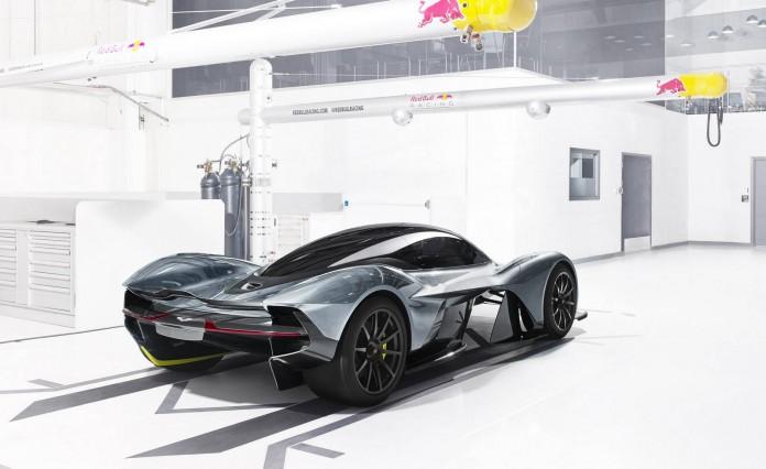Aston Martin Red Bull (3)