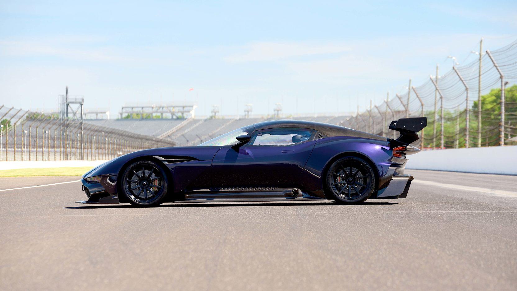 11 Of 24 Aston Martin Vulcan To Be Auctioned At Monterey Car Week 2016 Gtspirit
