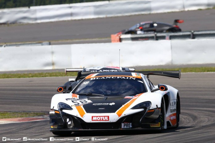#58 Garage 59 McLaren 650S GT3, Bell and Parente