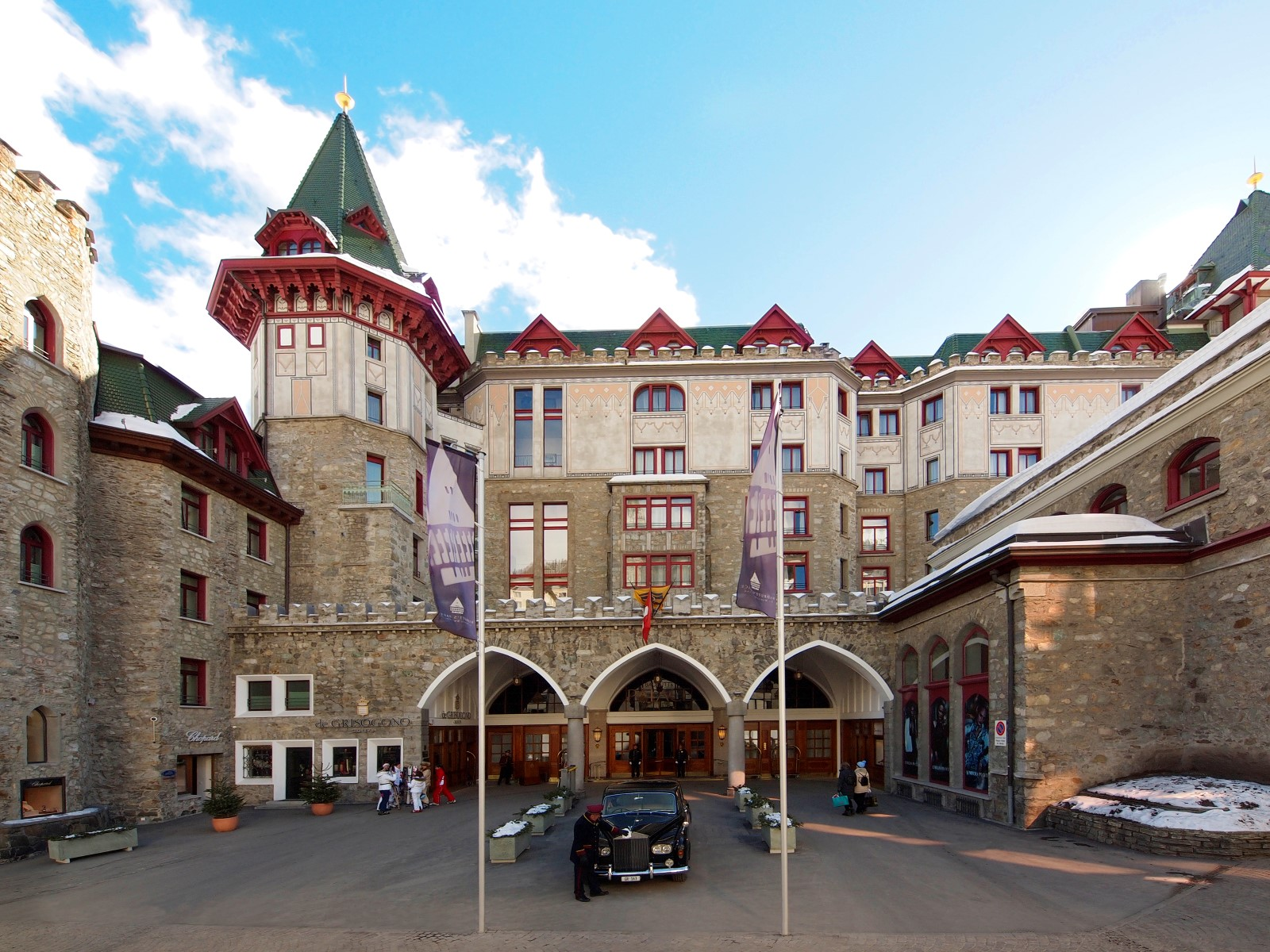 Badrutt 39 s palace st moritz hotel review gtspirit for Hotel palace