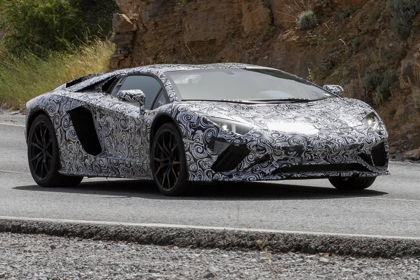 More Powerful Lamborghini Aventador S Coming in 2017