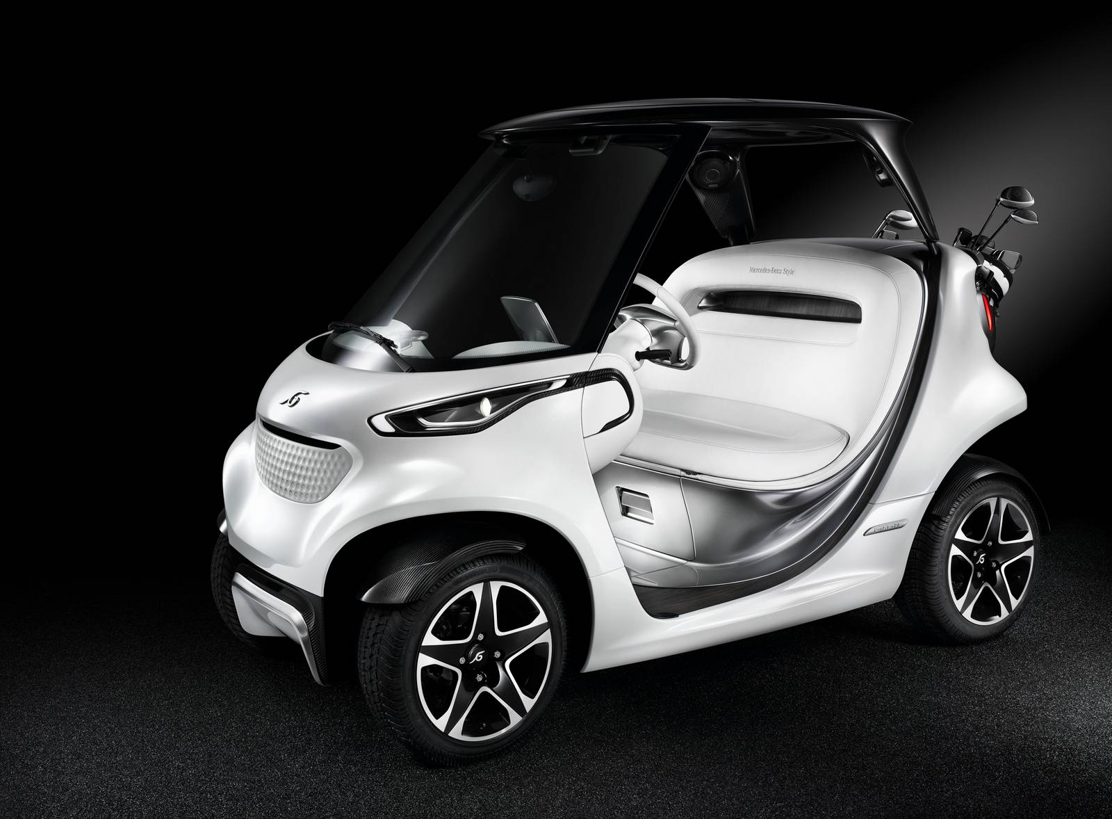 mercedes benz style edition garia golf car review gtspirit. Black Bedroom Furniture Sets. Home Design Ideas