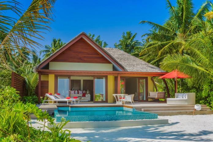 PER AQUUM Niyama_One_Bedroom_Beach_Pool_Suite_Exterior_Day