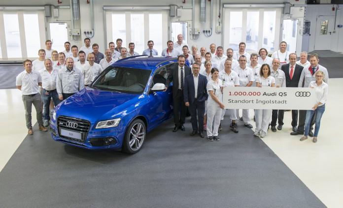 Audi SQ5 Sepang Blue