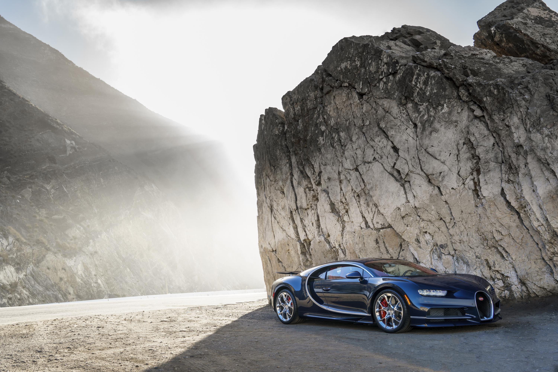 Bugatti-Chiron-21.jpg