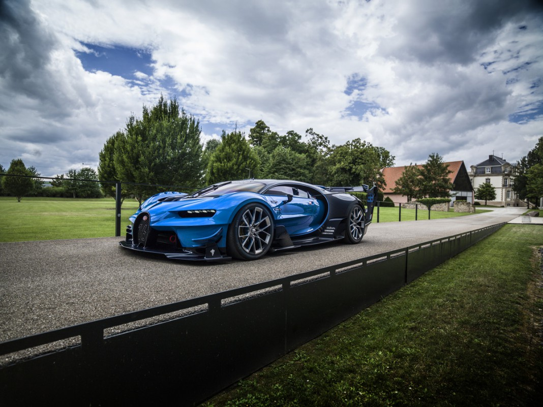 bugatti chiron and vision gt coming to monterey car week 2016 gtspirit. Black Bedroom Furniture Sets. Home Design Ideas