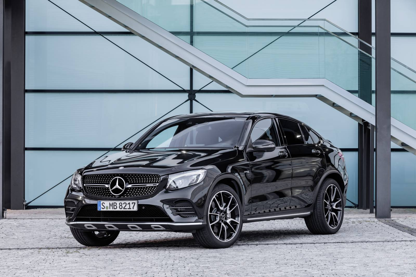 Official: 2017 Mercedes-AMG GLC 43 Coupe