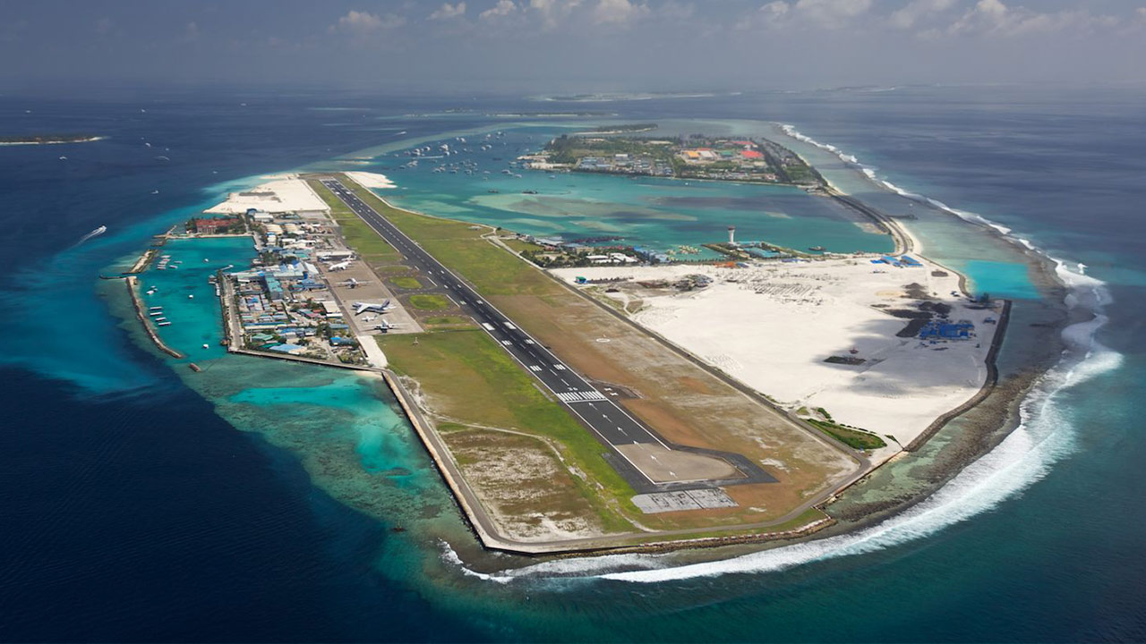 airport maldives Airports list maldives - maldives airport codes (iata / icao) all the airports in maldives are listed below for more information about any of these airports click on the airport name.