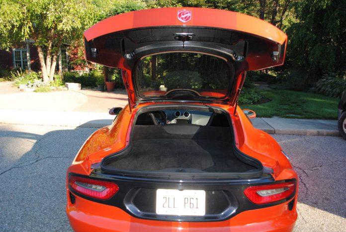 2016 Dodge Viper GTC Details (25)