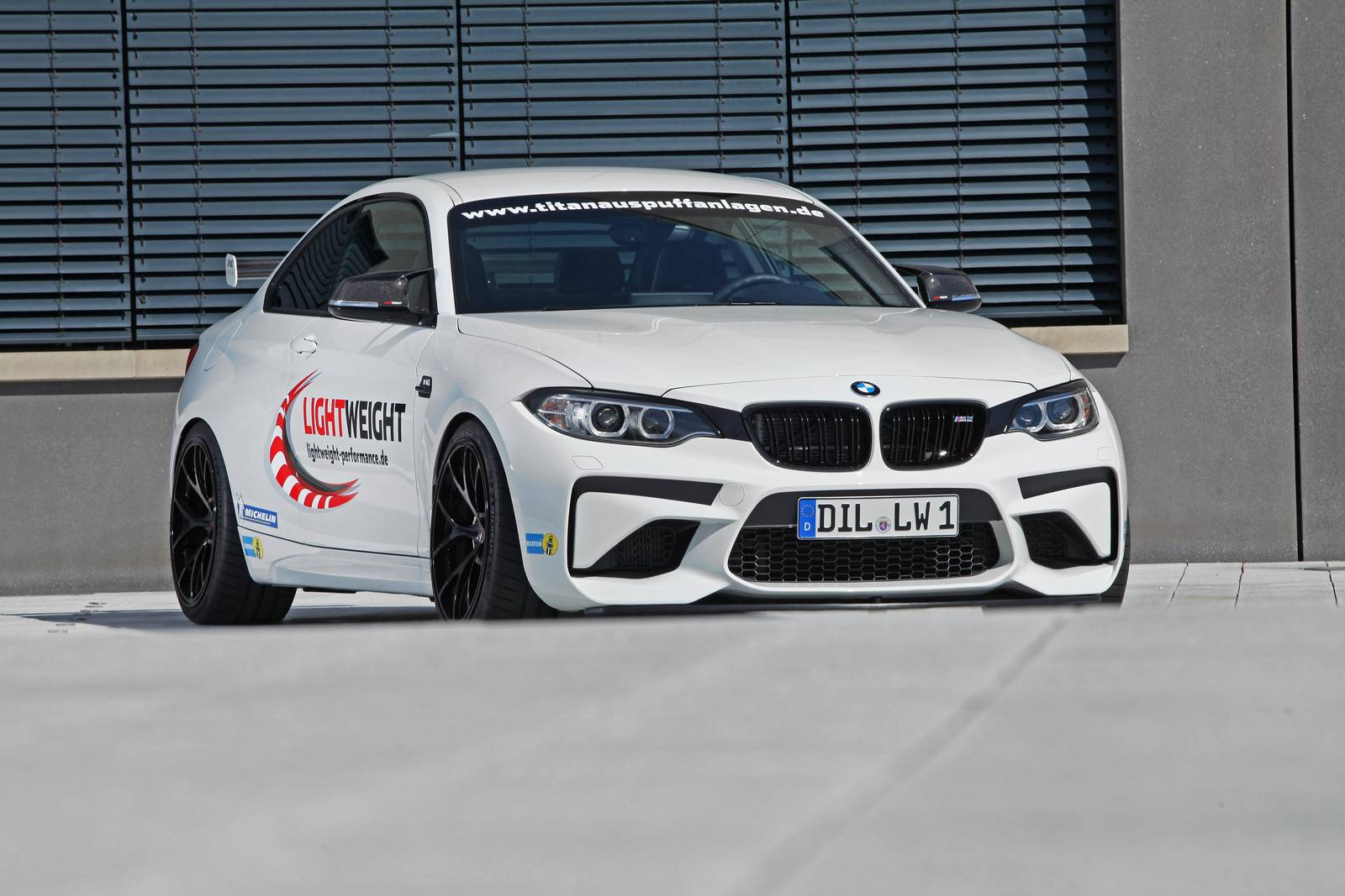 Official: 444hp BMW M2 LW by Lightweight