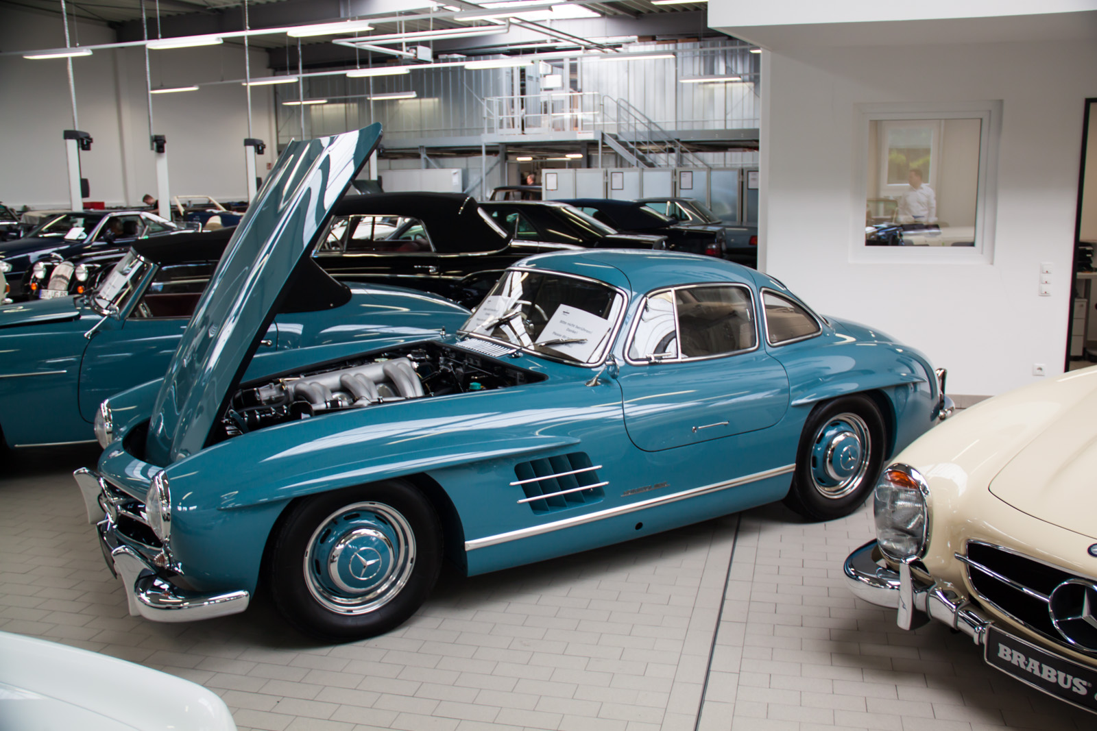 Factory visit 5 things you probably didn 39 t know about for Garage mercedes monaco