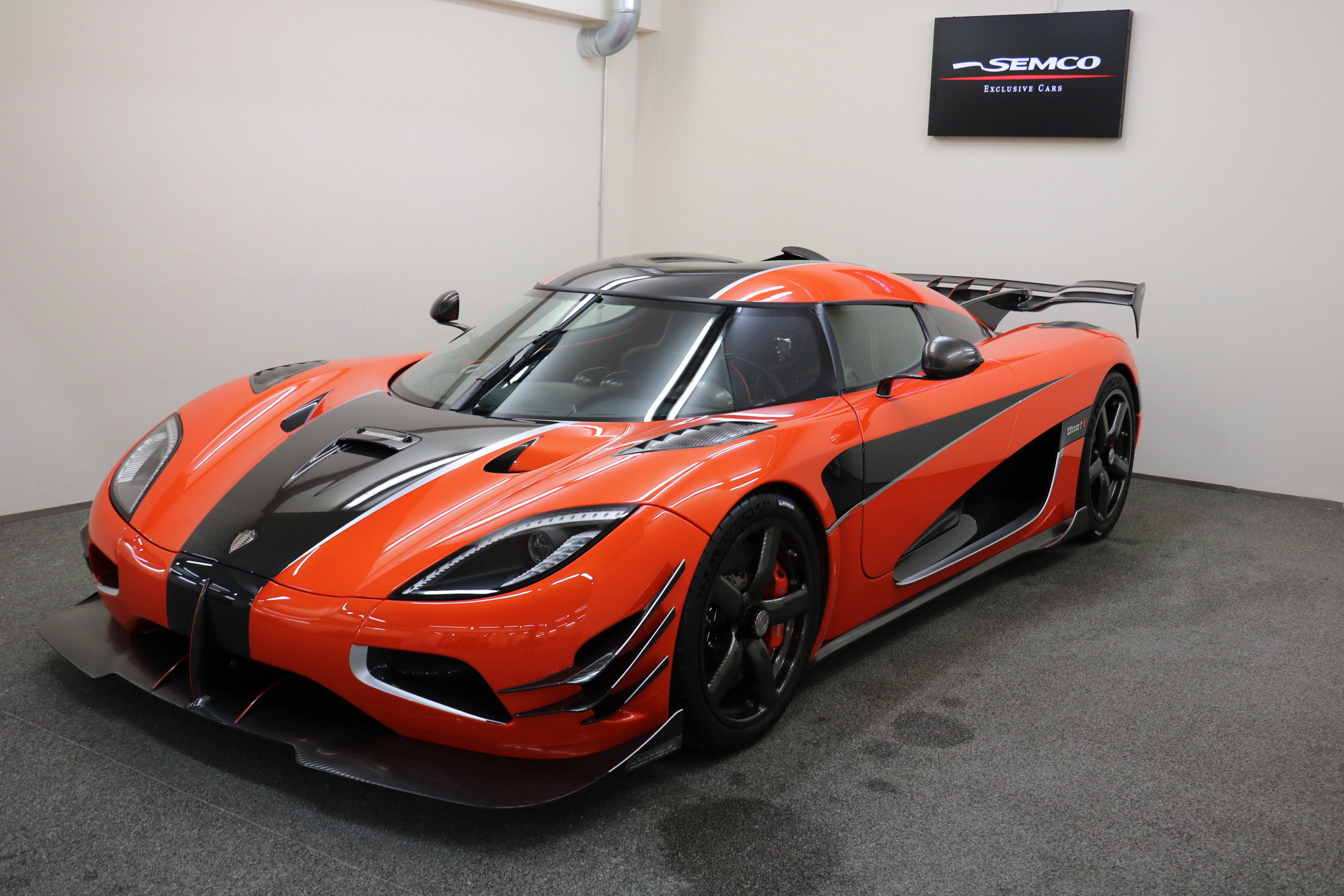 koenigsegg agera final one of 1 for sale in germany gtspirit. Black Bedroom Furniture Sets. Home Design Ideas