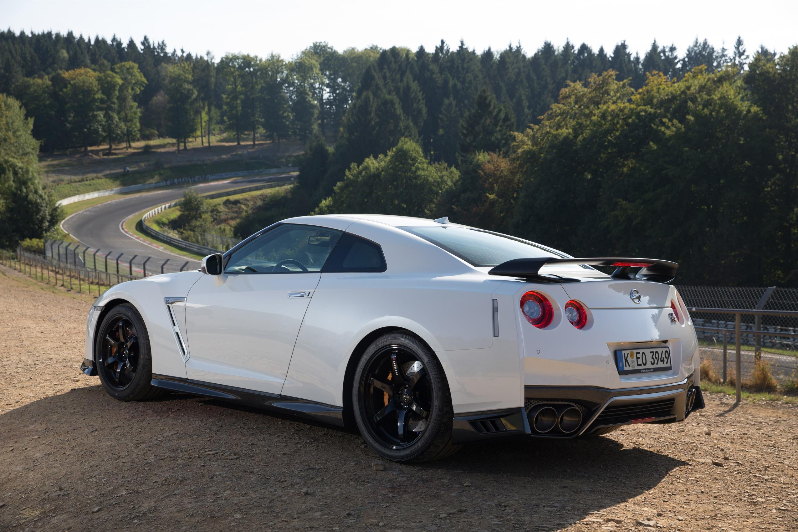 Official: 2017 Nissan GT-R Track Edition by NISMO - GTspirit