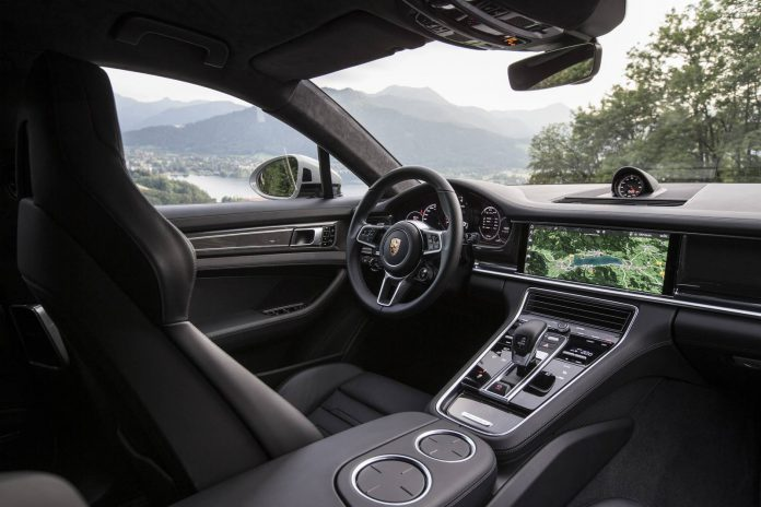 Porsche Panamer Turbo details (16)