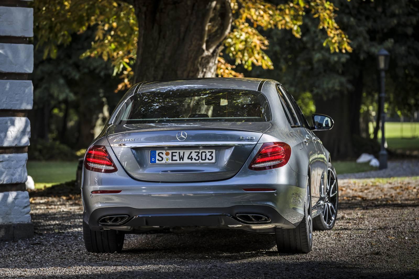 http://gtspirit.com/wp-content/uploads/2016/09/Selenite-Grey-Mercedes-AMG-E43-4.jpg
