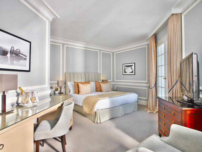 Villa Belrose Room (2)