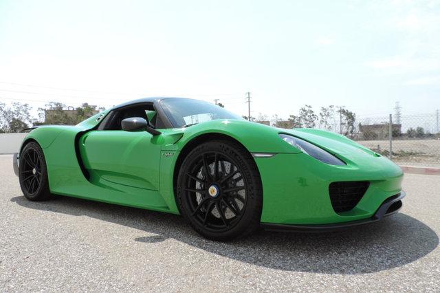 Porsche 918 Spyder For Sale >> Viper Green Porsche 918 Spyder for Sale at $1,999,999 - GTspirit