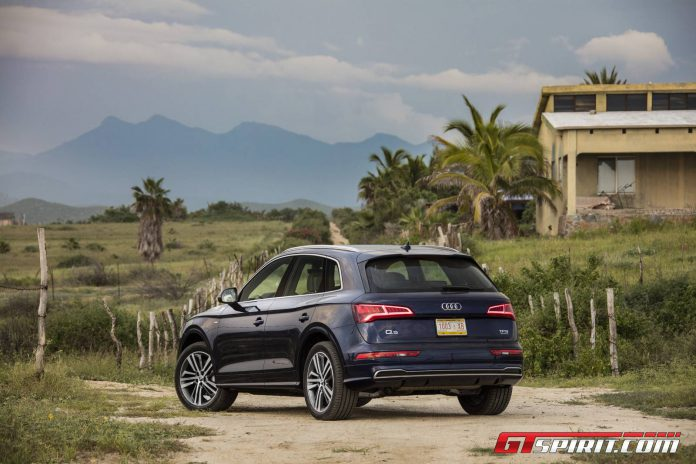 2017 Audi Q5 Navarra Blue  022
