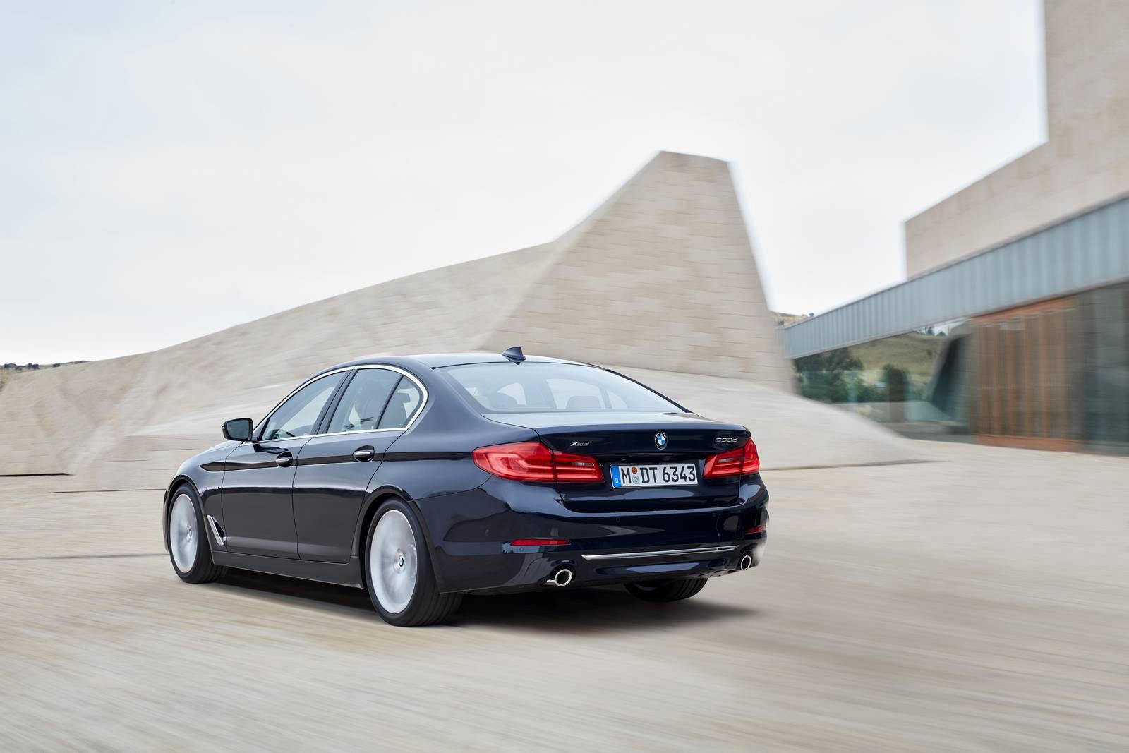 BMW 5 - svetapple.sk