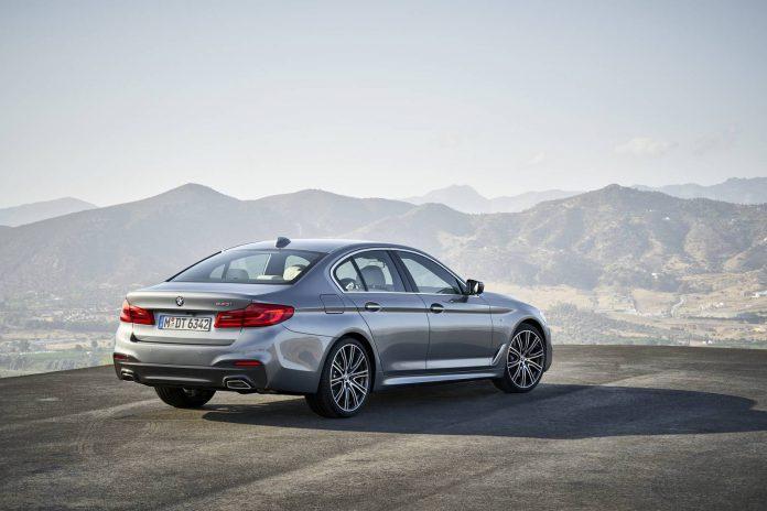 2017 BMW G30 540i (5)