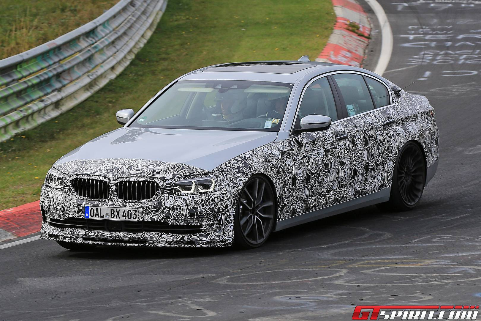 Rumoured 600hp Alpina B5 Spied Testing