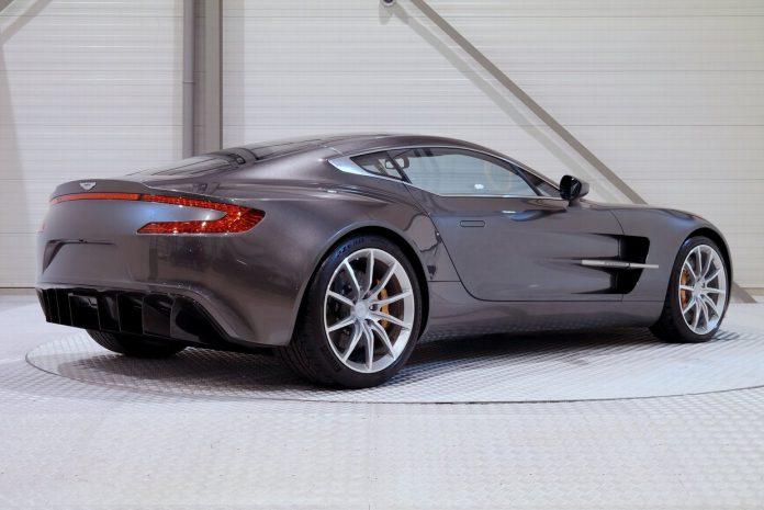 Aston Martin One-77  (13)