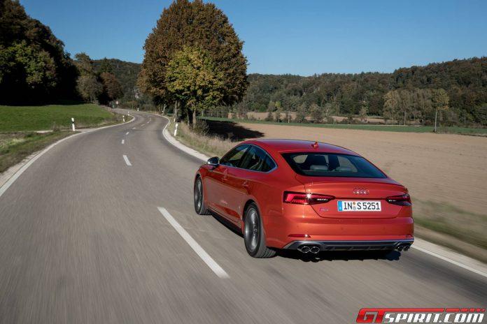 Audi 55 Sportback  (4)