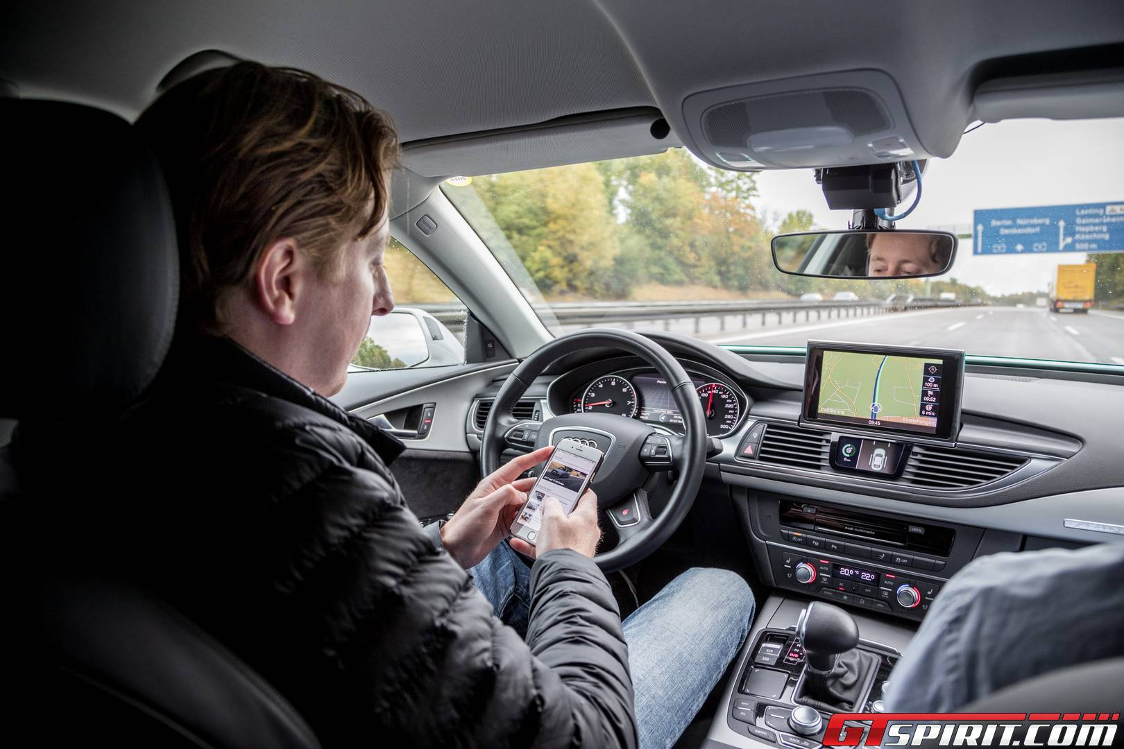 Audi Piloted Driving >> Audi A7 Piloted Driving Concept The Autobahn Review Gtspirit