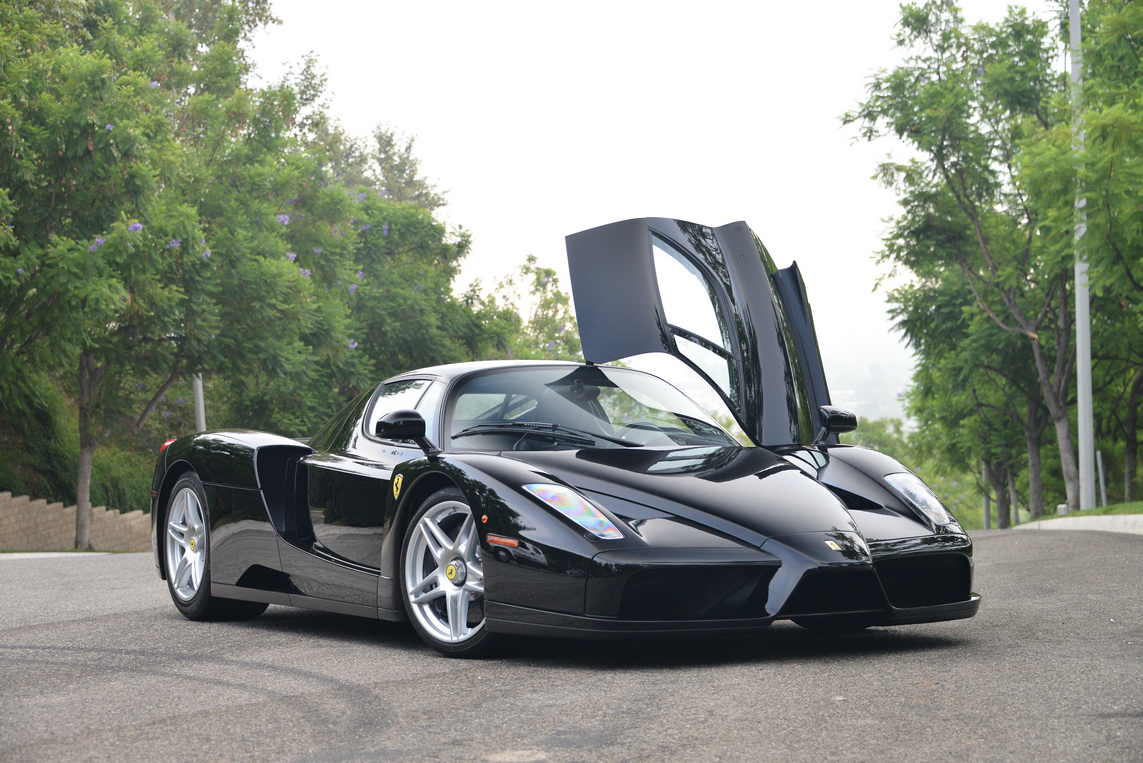 black ferrari enzo for sale in the us at 3 400 000 gtspirit. Black Bedroom Furniture Sets. Home Design Ideas