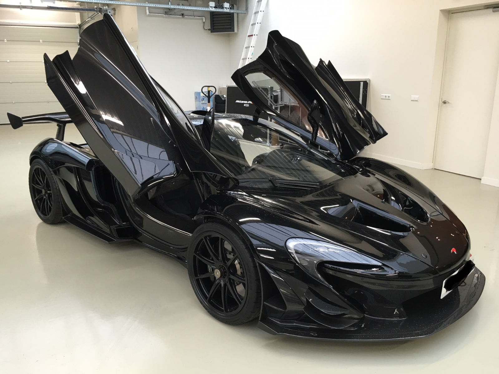 road legal mclaren p1 gtr for sale at 4 3 million in holland gtspirit. Black Bedroom Furniture Sets. Home Design Ideas
