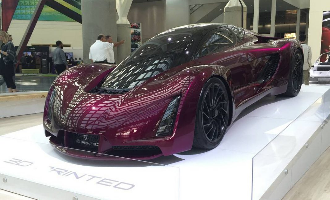 LA Auto Show 2016: Divergent Blade
