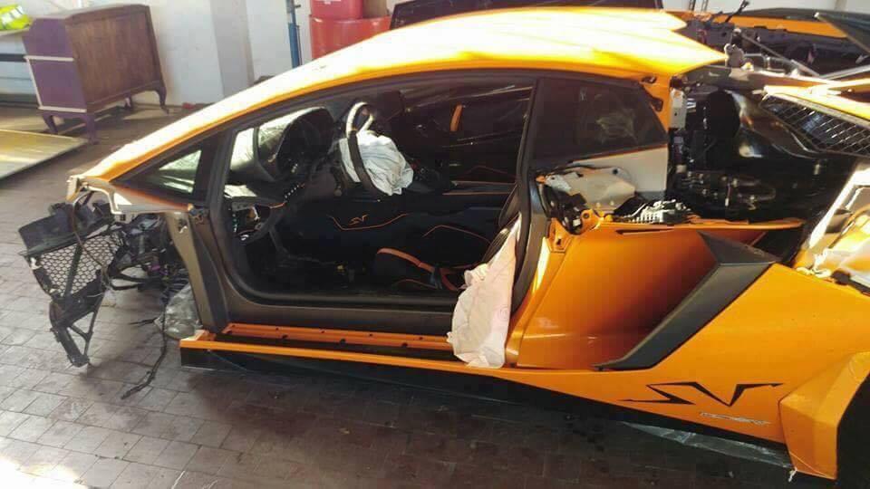 Lamborghini-Aventador-SV-crash-4.jpg
