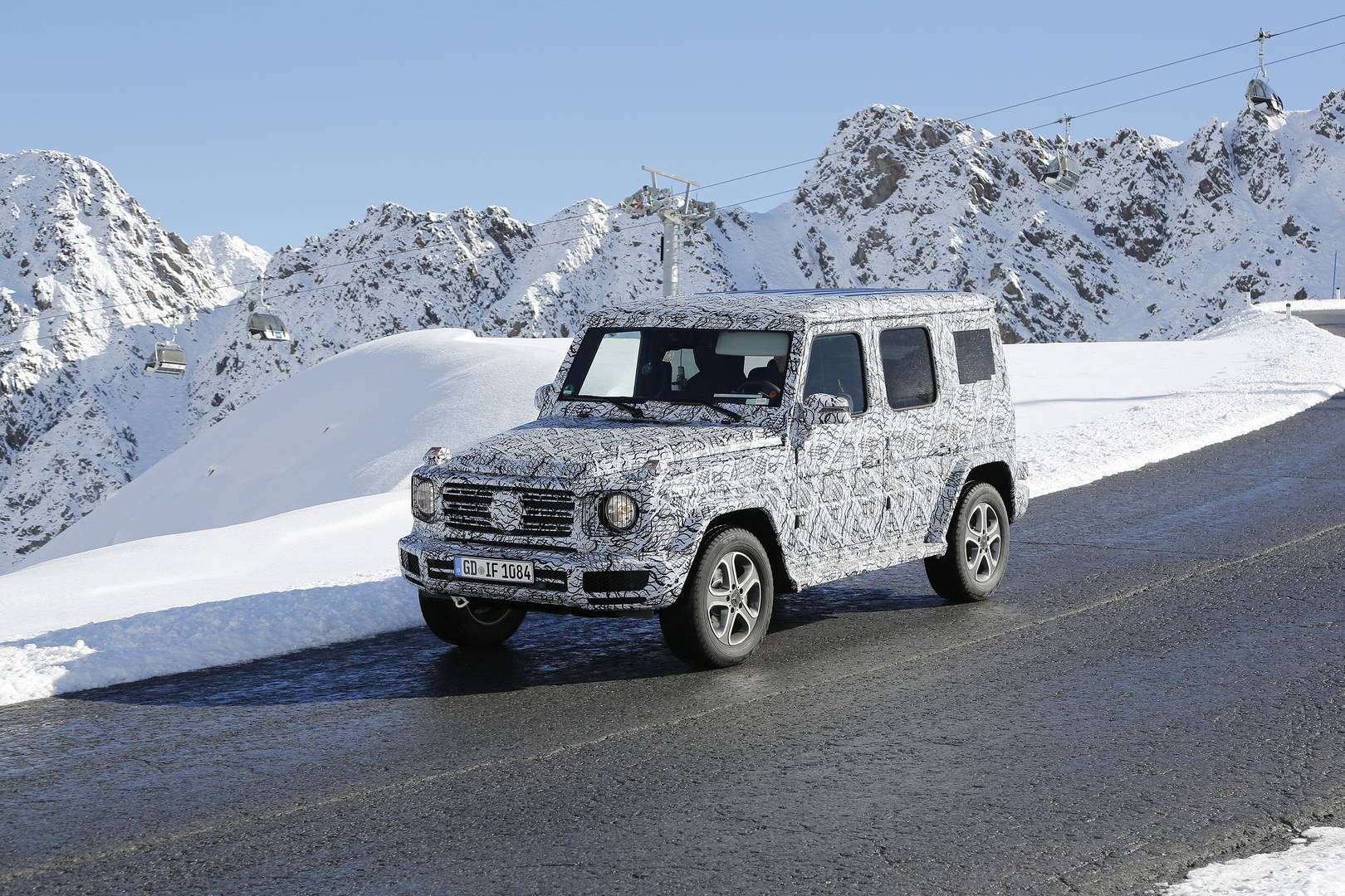 2017 mercedes benz g class spy shots in the alps gtspirit. Black Bedroom Furniture Sets. Home Design Ideas