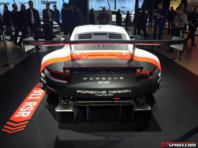 Porsche 911 RSR (2)